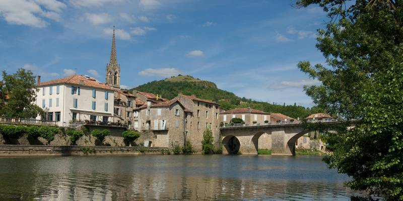 Village de St Antonin Noble Val